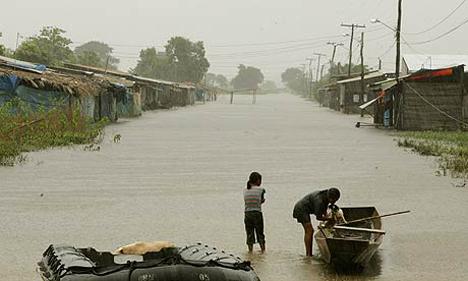 floodtrinidad-boliviaaizarraldeafp.jpg